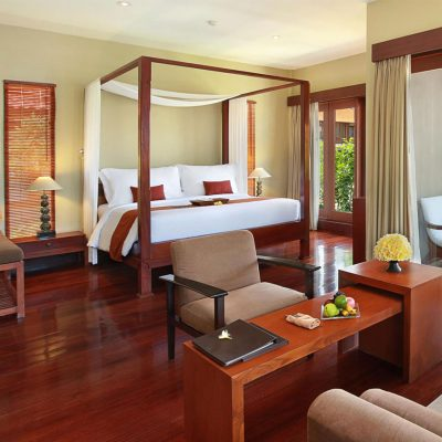 Suite with Balinese luxury